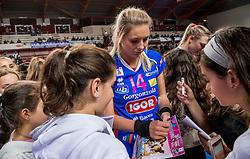 27-11-2016 ITA: Gorgonzola Igor Volley Novara - Nordmeccanica Modena, Novara<br /> Nova wint in drie sets van Modena / Laura Dijkema #14