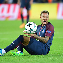Neymar JR of PSG receives the ball in the face during the Uefa Champions League match between Paris Saint Germain and FC Bayern Munich on September 27, 2017 in Paris, France. (Photo by Dave Winter/Icon Sport)