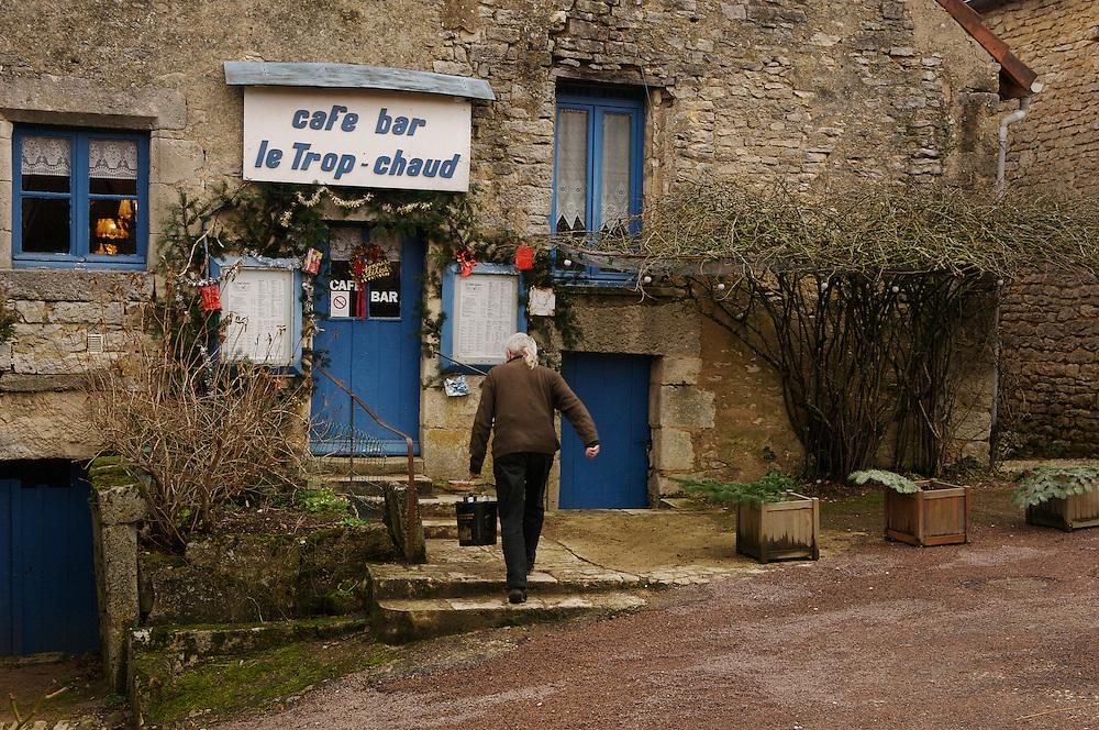 Cafe Flavigny-sur-Ozerain