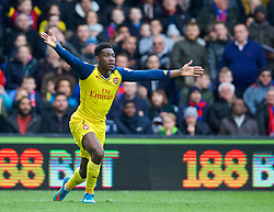LONDON, ENGLAND - Saturday, February 21, 2015: Arsenal's Danny Welbeck appeals for a penalty during the Premier League match against Crystal Palace at Selhurst Park. (Pic by David Rawcliffe/Propaganda)