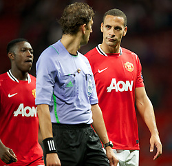 27.09.2011, Old Trafford, London, ENG, UEFA CL, Gruppe C, Manchester United (ENG) vs FC Basel (SUI), im Bild Manchester United's Rio Ferdinand looks dejected at referee Paolo Tagliavento after his side only managed to draw against FC Basel 1893 // during the UEFA Champions League game, group C, Manchester United (ENG) vs FC Basel (SUI) at Old Trafford stadium in London, United Kingdom on 2011/09/27. EXPA Pictures © 2011, PhotoCredit: EXPA/ Propaganda Photo/ David Rawcliff +++++ ATTENTION - OUT OF ENGLAND/GBR+++++