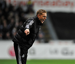 Swansea City Head Coach, Garry Monk give his players directions. - Photo mandatory by-line: Alex James/JMP - Tel: Mobile: 07966 386802 08/02/2014 - SPORT - FOOTBALL - Swansea - Liberty Stadium - Swansea City v Cardiff City - Barclays Premier League