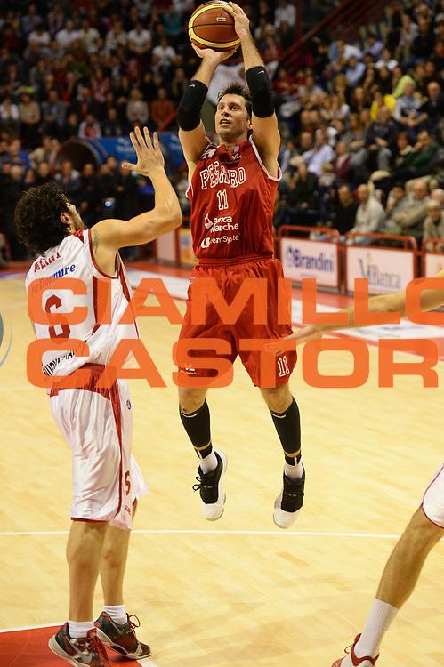 DESCRIZIONE : Pistoia Lega serie A 2013/14  Giorgio Tesi Group Pistoia Pesaro<br /> GIOCATORE : Pecile Andrea <br /> CATEGORIA : tiro tre punti<br /> SQUADRA : Pesaro Basket<br /> EVENTO : Campionato Lega Serie A 2013-2014<br /> GARA : Giorgio Tesi Group Pistoia Pesaro Basket<br /> DATA : 24/11/2013<br /> SPORT : Pallacanestro<br /> AUTORE : Agenzia Ciamillo-Castoria/M.Greco<br /> Galleria : Lega Seria A 2013-2014<br /> Fotonotizia : Pistoia  Lega serie A 2013/14 Giorgio  Tesi Group Pistoia Pesaro Basket<br /> Predefinita :