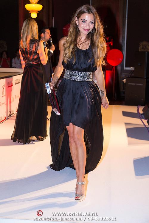 NLD/Amsterdam/20130923 - Grazia Red Carpet Awards 2013, Georgina Verbaan