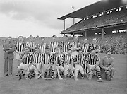 281/3967-3974...16081953AISHCSF...16.08.1953, 08.16.1953, 16th August 1953...All Ireland Senior Hurling Championship - Semi-Final..Galway.3-5.Kilkenny.1-10..Kilkenny Team....................