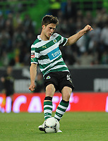 20120409: LISBON, PORTUGAL -Portuguese Liga Zon Sagres 2011/2012 - Sporting CP vs SL Benfica.<br /> In picture: Sporting's Ricky van Wolfswinkel, from Netherlands, shoots the ball.<br /> PHOTO: Alvaro Isidoro/CITYFILES