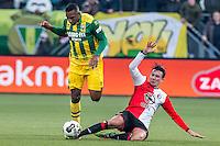 DEN HAAG - ADO Den Haag - Feyenoord , Voetbal , Eredivisie , Seizoen 2016/2017 , Kyocera Stadion , 19-02-2017 , Feyenoord speler Steven Berghuis (r) maakt tackle op ADO Den Haag speler Dion Malone (l)