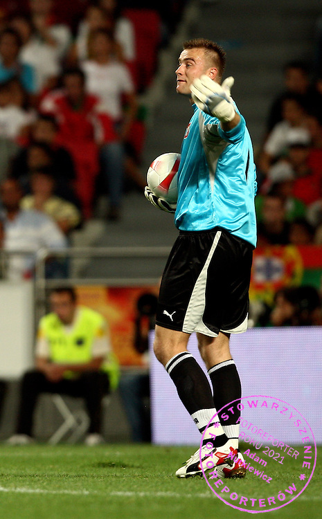 GOALKEEPER ARTUR BORUC (POLAND)  DURING QUALIFING SOCCER MATCH EURO 2008 BETWEEN PORTUGAL AND POLAND..LISBON , PORTUGAL , SEPTEMBER 08, 2007.( PHOTO BY ADAM NURKIEWICZ / MEDIASPORT )..PICTURE ALSO AVAIBLE IN RAW (NEF) FORMAT ON SPECIAL REQUEST.