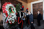 Roma 19 Agosto 2010.Commemorazione di Alcide De Gasperi a 56 anni dalla morte nella basilica di San Lorenzo fuori le mura dove si  trova la tomba dello statista,  nel portico della basilica.Gianni Letta sottosegretario alla presidenza del consiglio  del Governo Berlusconi .Commemoration of Alcide De Gasperi 56 years after death.Alcide De Gasperi burial in San Lorenzo Basilica.Gianni Letta, undersecretary of the  government Berlusconi..http://en.wikipedia.org/wiki/Alcide_De_Gasperiperi
