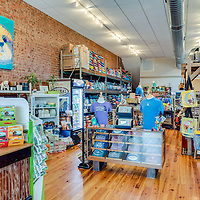 Other End of the Leash Pet Boutique & Bakery
