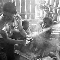 """Título: """"Humo - Tsimari""""<br /> Técnica: Impresión digital en papel de algodón.<br /> Dimensiones: 20"""" x 13.50"""" pulgadas<br /> Precio $ 1,850.00 USD **El 25% del precio va destinado a comunidades indígenas.<br /> Autor: Melanie L. Wells-Alvarado<br /> +(506) 8753-8231   www.melwellsphotography.com www.awindowintothesoul.com"""