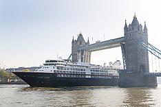 2018_05_08_First_cruise_ship_VFL
