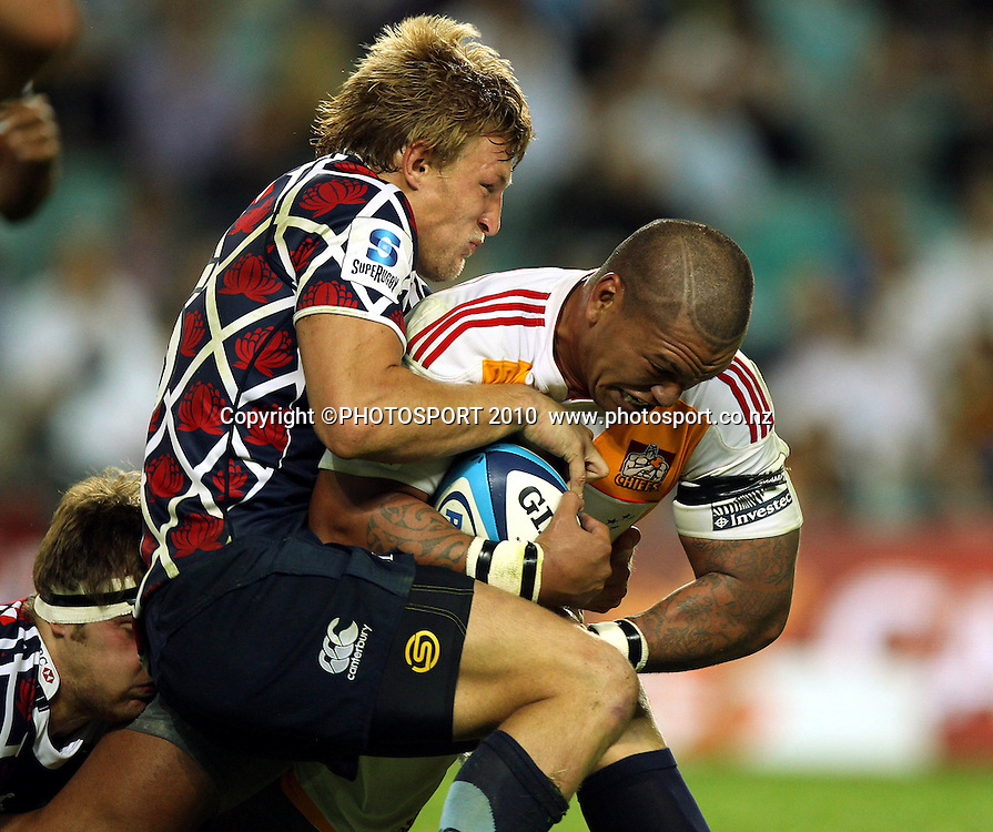 Hika Elliot tackled by Lachlad Turner<br />