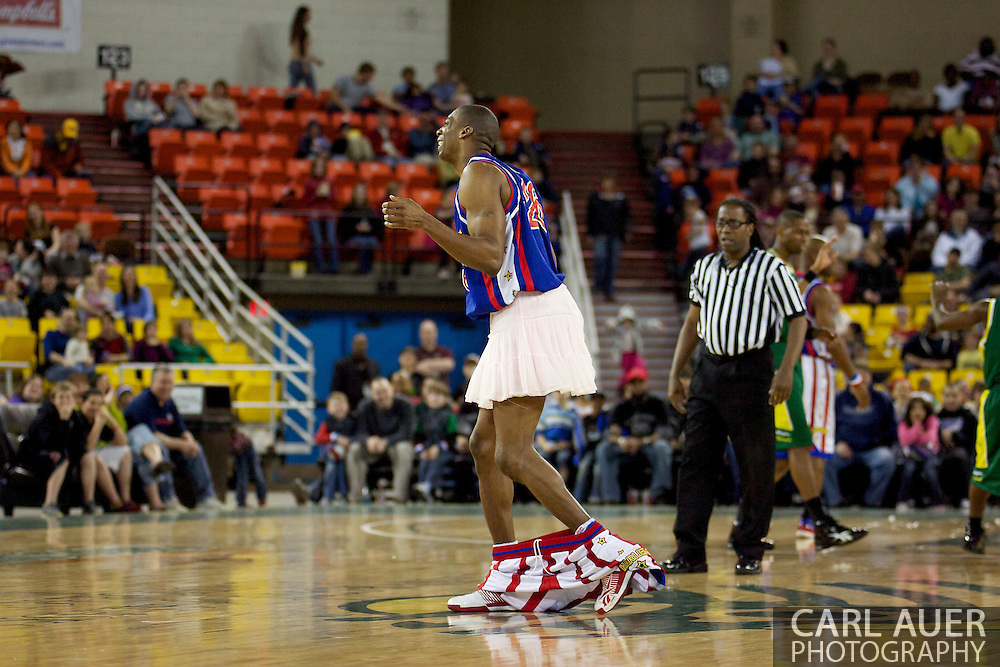 April 30th, 2010 - Anchorage, Alaska:  Depants Harlem Globetrotter Hi-Lite Bruton plays to the crowd at the Sullivan Arean Friday night.