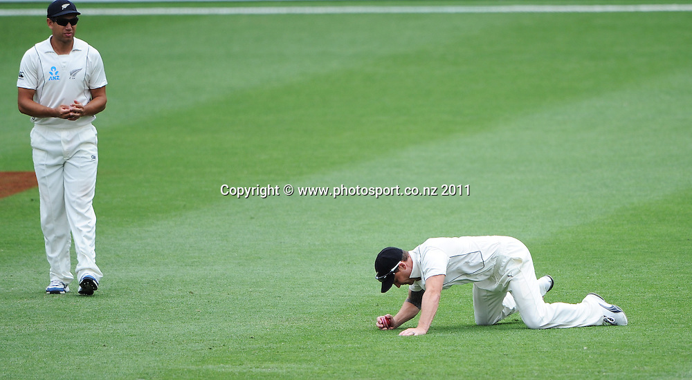 Brendon McCullum drops a catch on Day 4 of the first cricket test between Australia and New Zealand Black Caps at the Gabba in Brisbane, Sunday 4 December 2011. Photo: Andrew Cornaga/Photosport.co.nz