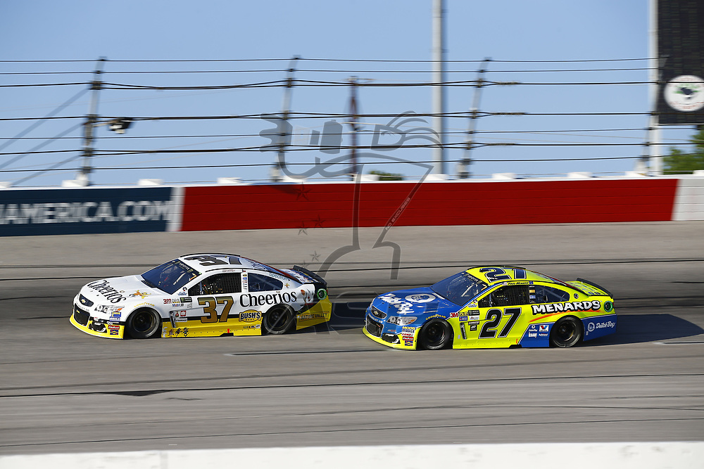 September 03, 2017 - Darlington, South Carolina, USA: Chris Buescher (37) and Paul Menard (27) battle for position during the Bojangles' Southern 500 at Darlington Raceway in Darlington, South Carolina.