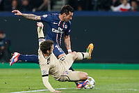 FOOTBALL - CHAMPIONS LEAGUE 2012/2013 PSG VS ZAGREB - 06/11/2012 - EZEQUIEL LAVEZZI (PARIS SAINT-GERMAIN),  JOSIP PIVARIC (ZAGREB)