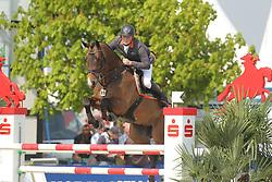 Wernke, Jan, Carinjo T<br /> Hagen - Horses and Dreams<br /> Qualifikation Youngster Tour<br /> © www.sportfotos-lafrentz.de/ Stefan Lafrentz