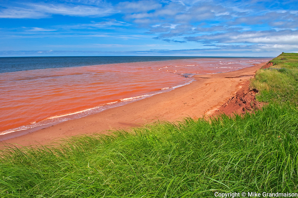 Red sandstone beach along the Northumberland Strait<br />Waterford<br />Prince Edward Island<br />Canada