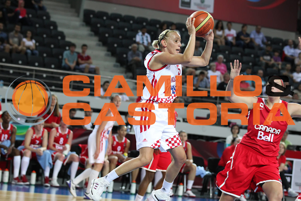DESCRIZIONE : Ankara Turkey FIBA Olympic Qualifying Tournament for Women 2012 Croatia Canada Croazia Canada<br /> GIOCATORE :  Andja JELAVIC<br /> SQUADRA : Croatia Croazia<br /> EVENTO :  FIBA Olympic Qualifying Tournament for Women 2012<br /> GARA : Croatia Canada Croazia Canada<br /> DATA : 29/06/2012<br /> CATEGORIA : <br /> SPORT : Pallacanestro <br /> AUTORE : Agenzia Ciamillo-Castoria/ElioCastoria<br /> Galleria : FIBA Olympic Qualifying Tournament for Women 2012<br /> Fotonotizia : Ankara Turkey FIBA Olympic Qualifying Tournament for Women 2012 Croatia Canada Croazia Canada<br /> Predefinita :