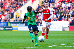 Duane Holmes of Scunthorpe United shoots at goal - Mandatory by-line: Ryan Crockett/JMP - 14/10/2017 - FOOTBALL - Aesseal New York Stadium - Rotherham, England - Rotherham United v Scunthorpe United - Sky Bet League One