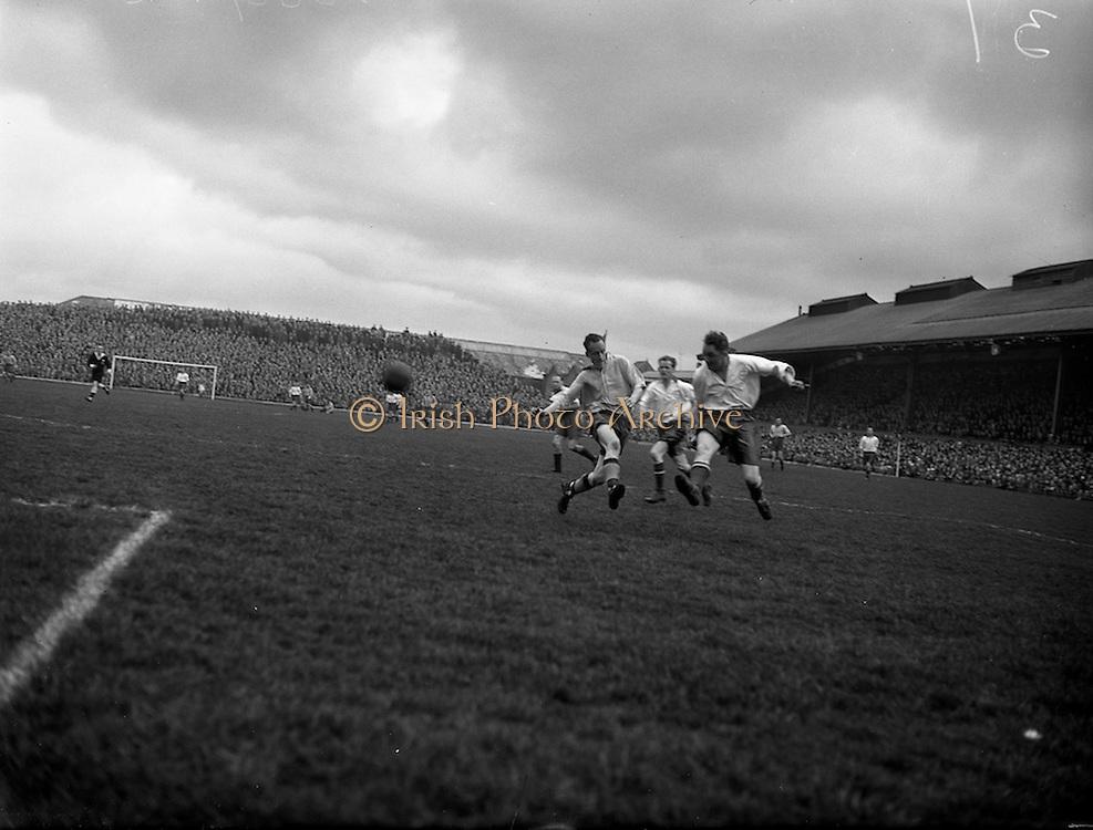 110/04/1955<br /> 04/10/1955<br /> 10 April 1955<br /> FAI Cup: Waterford v Drumcondra  at Dalymount Park, Dublin.