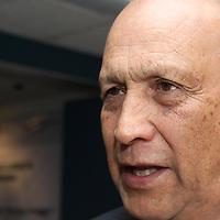 TOLUCA, México.- Alberto Canúl Juárez, delegado de la secretaría de Economía en la entidad mexiquense, informó que con la finalidad de impulsar el desarrollo del mercado interno en el país, en los próximos días se lanzará de forma masiva una campaña promocional donde se invite a la población a consumir productos mexicanos. Agencia MVT / Crisanta Espinosa. (DIGITAL)