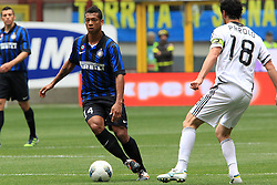 29.04.2012, Stadion Giuseppe Meazza, Mailand, ITA, Serie A, Inter Mailand vs AC Cesena, 35. Spieltag, im Bild Fredy Guarin Inter // during the football match of Italian 'Serie A' league, 35th round, between Inter Mailand and AC Cesena at Stadium Giuseppe Meazza, Milan, Italy on 2012/04/29. EXPA Pictures © 2012, PhotoCredit: EXPA/ Insidefoto/ Paolo Nucci..***** ATTENTION - for AUT, SLO, CRO, SRB, SUI and SWE only *****