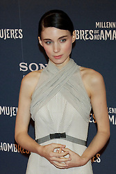 """04.01.2012, Roter Teppich, Callao Kino, Madrid, ESP, Fototermin Filmpremiere, Verblendung, im Bild Actress Rooney Mara and director David Fincher, on Red Carpet // during photocall for the movie """"The Girl With The Dragon Tatoo"""" at Callao Cinema, Madrid, Spain on 2012/01/04. EXPA Pictures © 2012, PhotoCredit: EXPA/ Alterphotos/ Cesar Cebolla..***** ATTENTION - OUT OF ESP and SUI *****"""