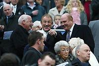 Photo: Andrew Unwin.<br />Newcastle Utd v Aston Villa. The Barclays Premiership.<br />03/12/2005.<br />Newcastle's chairman, Freddy Shepherd (R), enjoys a joke before the game.