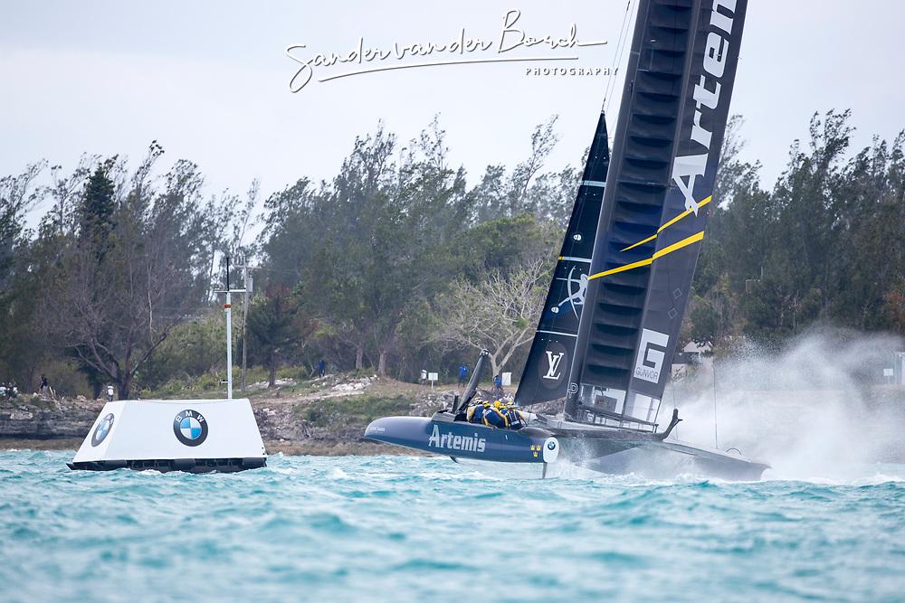 Second day of the Louis Vuitton America's Cup Semi-finals. Artemis Racing versus Softbank Team Japan, 1-3, 6th of June, 2017, Bermuda