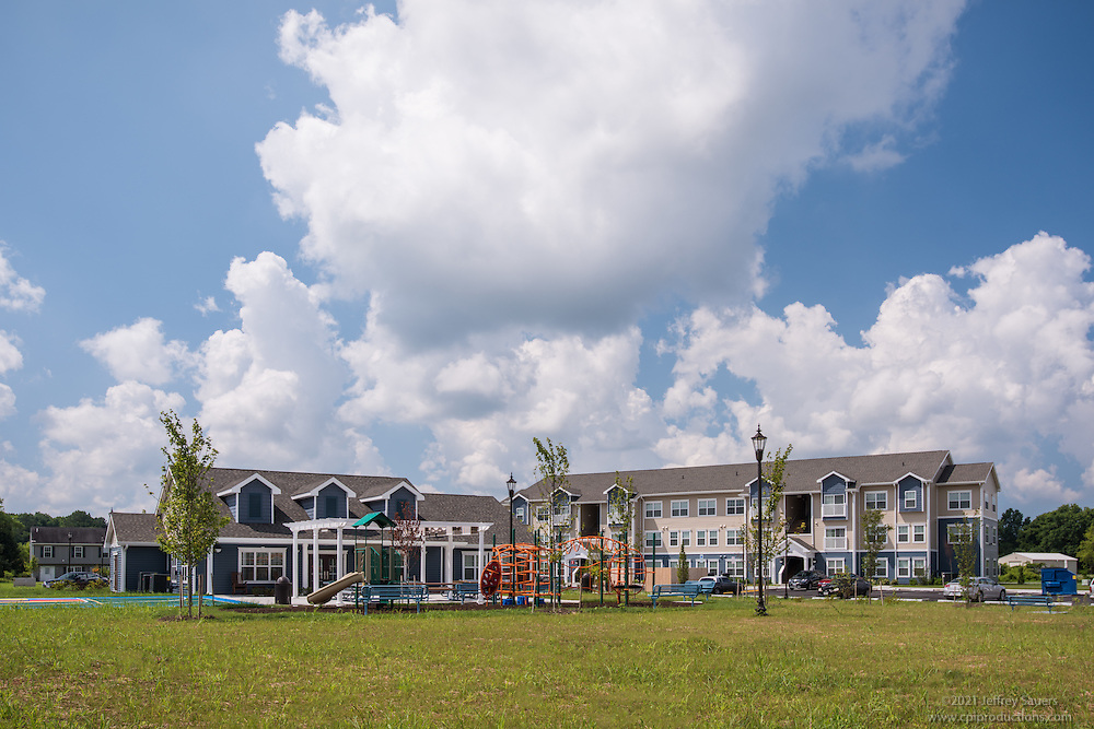 Architectural photo of The Reserve at Somerset Commons by Jeffrey Sauers of Commercial Photographics, Architectural Photo Artistry in Washington DC, Virginia to Florida and PA to New England