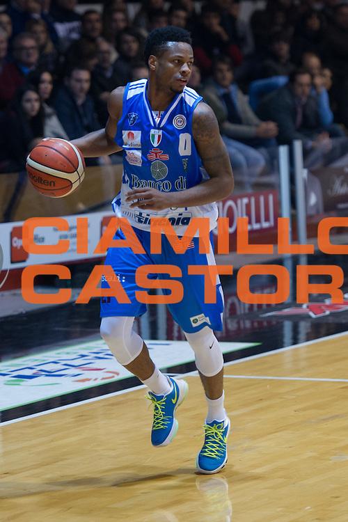DESCRIZIONE : Caserta Lega A 2015-16 Pasta Reggia Caserta Banco di Sardegna Sassari<br /> GIOCATORE : Marquez Haynes<br /> CATEGORIA : palleggio<br /> SQUADRA : Banco di Sardegna Sassari<br /> EVENTO : Campionato Lega A 2015-2016<br /> GARA : Pasta Reggia Caserta Banco di Sardegna Sassari<br /> DATA : 13/12/2015<br /> SPORT : Pallacanestro <br /> AUTORE : Agenzia Ciamillo-Castoria/G.Masi<br /> Galleria : Lega Basket A 2015-2016<br /> Fotonotizia : Caserta Lega A 2015-16 Pasta Reggia Caserta Banco di Sardegna Sassari