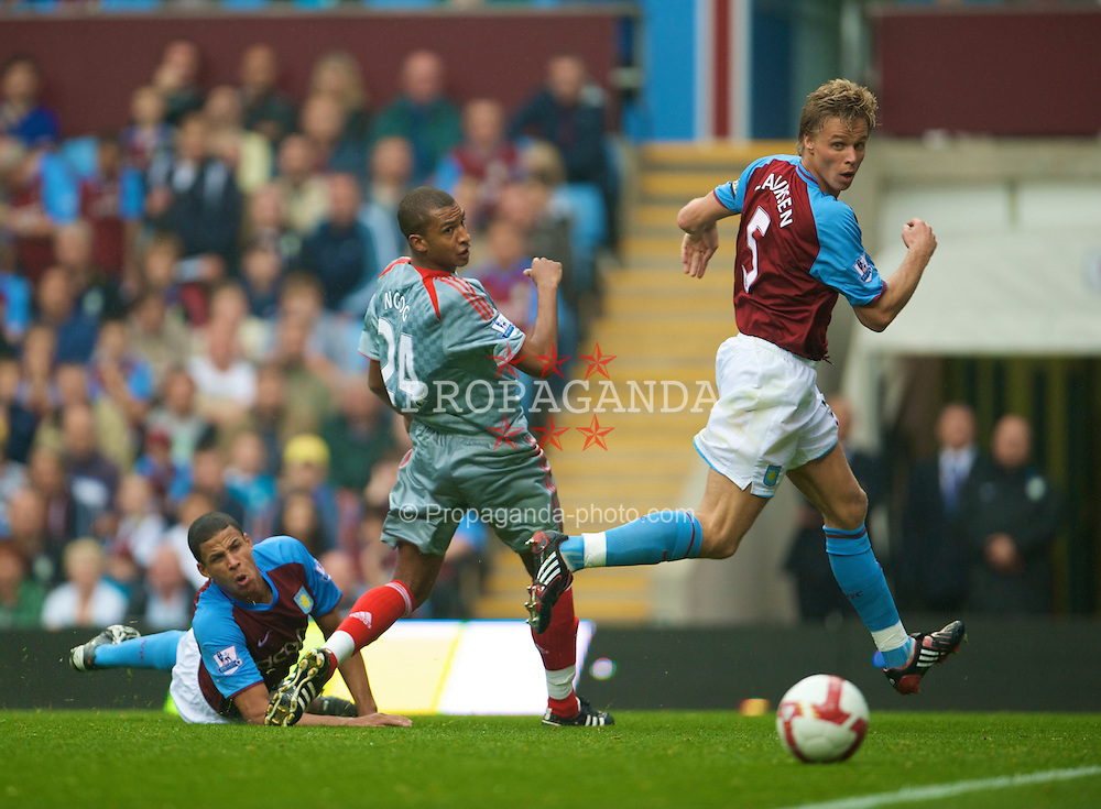 BIRMINGHAM, ENGLAND - Sunday, August 31, 2008: Liverpool's David Ngog in action against Aston Villa during the Premiership match at Villa Park. (Photo by David Rawcliffe/Propaganda)
