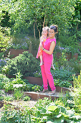 SUSANNA REID at the 2014 RHS Chelsea Flower Show held at the Royal Hospital Chelsea, London on 19th May 2014.