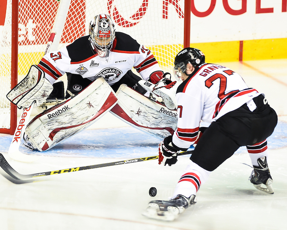 Action from Game 6 of the 2015 MasterCard Memorial Cup between the Rimouski Oceanic and Quebec Remparts at Pepsi Colisee in Quebec City on Wednesday May 27, 2105. Photo by Aaron Bell/CHL Images
