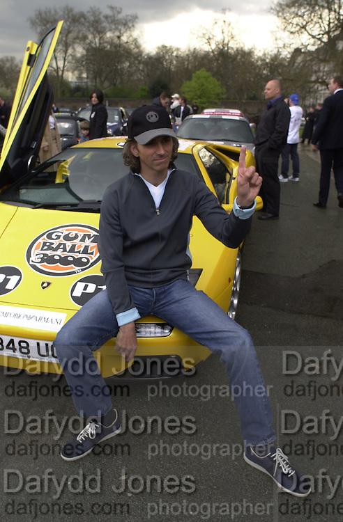 Damon Hill. Gumball rally departure. Hyde Park corner. London. 26 April 2001. © Copyright Photograph by Dafydd Jones 66 Stockwell Park Rd. London SW9 0DA Tel 020 7733 0108 www.dafjones.com