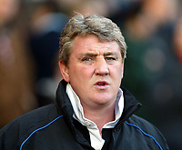 Fotball<br /> England 2004/22005<br /> Foto: SBI/Digitalsport<br /> NORWAY ONLY<br /> <br /> Charlton Athletic v Birmingham City<br /> Barclays Premiership. 15/01/2005<br /> <br /> Steve Bruce watches his team struggle at the Valley