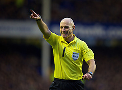 LIVERPOOL, ENGLAND - Saturday, January 4, 2014: Referee Howard Webb takes charge during the FA Cup 3rd Round match between Everton and Queens Park Rangers at Goodison Park. (Pic by David Rawcliffe/Propaganda)
