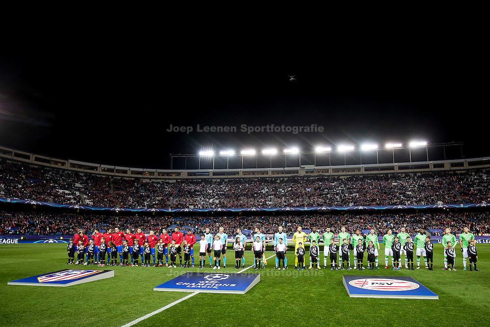 MADRID, Atletico de Madrid - PSV, 23-11-2016, voetbal, Champions League, seizoen 2016-2017, Estadio Vicente Calderon, line-up spelers en arbitrale trio, overzicht stadion.