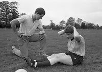 Eimear and Eamonn Gilligan(trainer)of the Dublin Ladies GAA Team, circa October 1989 (Part of the Independent Newspapers Ireland/NLI Collection).