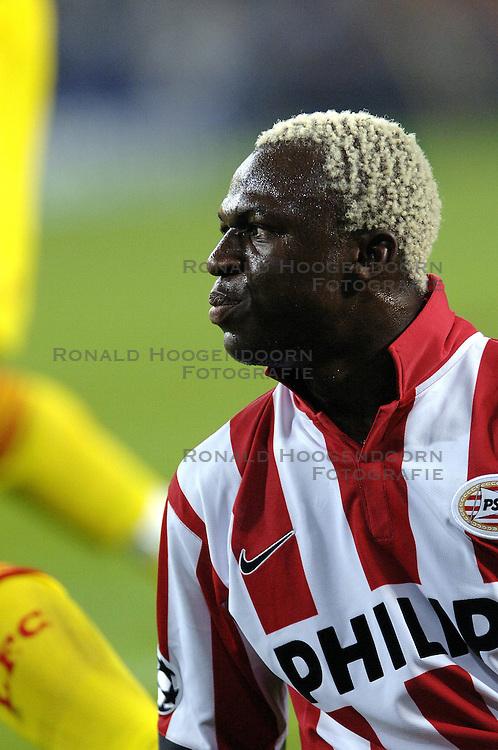 12-09-2006 VOETBAL: CHAMPIONS LEAGUE: PSV - LIVERPOOL: EINDHOVEN<br /> PSV en Liverpool eindigt zoals ze begonnen zijn 0-0 / Arouna Kone<br /> &copy;2006-WWW.FOTOHOOGENDOORN.NL