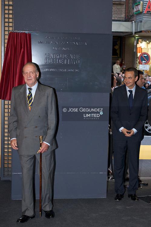 Mostoles. (02/05/2008). Visita de SS.MM. los Reyes D. Juan Carlos I y D&Ograve;a. Sofia, SS.AA.RR. los Principes de Asturias, D. Felipe y D&Ograve;a. Letizia, S.A.R. la Infanta D&Ograve;a. Elana, S.A.R. la Infanta D&Ograve;a. Cristina y el Excmo. Sr. D. I&Ograve;aki Urdangarin a los actos conmemorativos del Bicentenario del Bando de los Alcaldes de M&Ucirc;stoles. <br />Inauguracion por parte de la Familia Real del Centro de Arte Contemporaneo Dos de Mayo de Mostoles