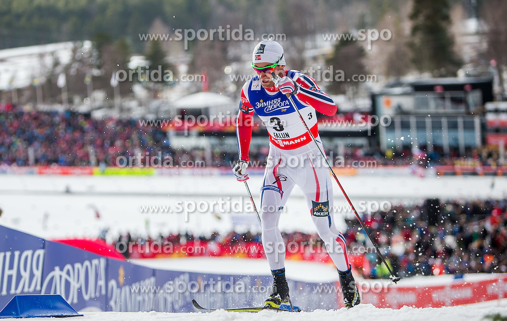 19.02.2015, Lugnet Ski Stadium, Falun, SWE, FIS Weltmeisterschaften Ski Nordisch, Langlauf, Damen, Sprint, im Bild Petter Jr. Northug (NOR) // during the Cross Country Ladies Sprint of the FIS Nordic Ski World Championships 2015 at the Lugnet Ski Stadium, Falun, Sweden on 2015/02/19. EXPA Pictures © 2015, PhotoCredit: EXPA/ JFK