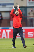 Dundee manager Paul Hartley applauds the fans at the end  - Dundee v Rangers in the Ladbrokes Scottish Premiership at Dens Park, Dundee.Photo: David Young<br /> <br />  - © David Young - www.davidyoungphoto.co.uk - email: davidyoungphoto@gmail.com