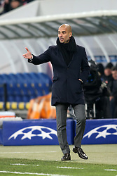 17.02.2015, Arena Lwiw, Lwiw, UKR, UEFA CL, Schachtar Donezk vs FC Bayern Muenchen, Achtelfinale, Hinspiel, im Bild JOSEP GUARDIOLA // during the UEFA Champions League Round of 16, 1st Leg match between between Schachtar Donezk and FC Bayern Munich at the Arena Lwiw in Lwiw, Ukraine on 2015/02/17. EXPA Pictures © 2015, PhotoCredit: EXPA/ Pixsell/ PIOTR KUCZA<br /> <br /> *****ATTENTION - for AUT, SLO, SUI, SWE, ITA, FRA only*****