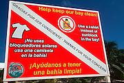 MEXICO, YUCATAN, TOURISM Riviera Maya; rules protecting reef