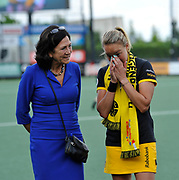 Den Bosch celebrate the career of Maartje Pauman after the final of the EHCC 2017 at Den Bosch HC, The Netherlands, 5th June 2017