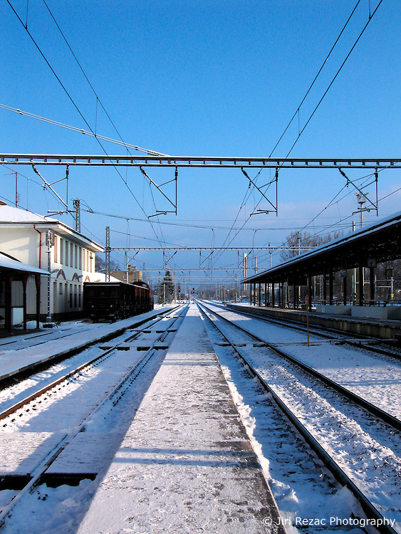 CZECH REPUBLIC VYSOCINA SVITAVY 19MAR08 - Svitavy train station after snowfall...jre/Photo by Jiri Rezac..© Jiri Rezac 2008..Contact: +44 (0) 7050 110 417.Mobile:  +44 (0) 7801 337 683.Office:  +44 (0) 20 8968 9635..Email:   jiri@jirirezac.com.Web:    www.jirirezac.com..© All images Jiri Rezac 2007 - All rights reserved.