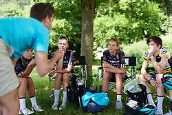 Trek Drops team talk at Lotto Thuringen Ladies Tour 2018 - Stage 2, an 136 km road race starting and finishing in Meiningen, Germany on May 29, 2018. Photo by Sean Robinson/Velofocus.com